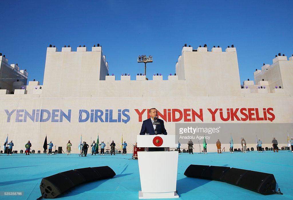 fost - Lovitura de stat a lui Onan si pizdificarea lui Erdogan sultan FOTO%2002%20-%20erdogan%20bizant