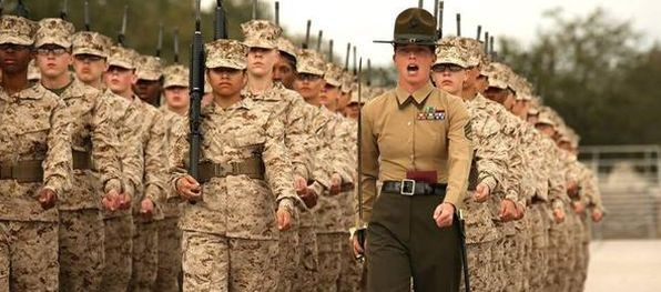 Imagini pentru Femeia soldat