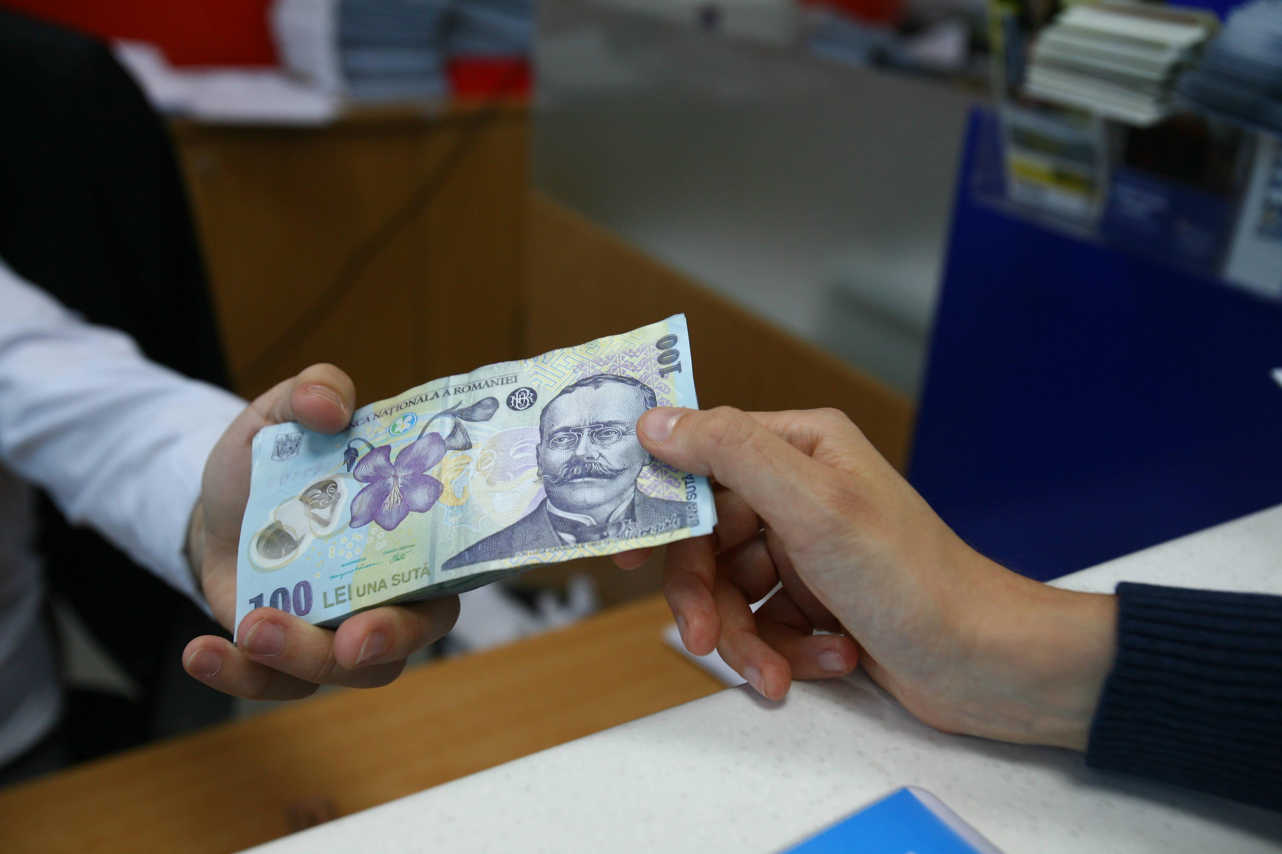 libertatea financiară se ocupă de refinanțare puteți face bani pe un site personal