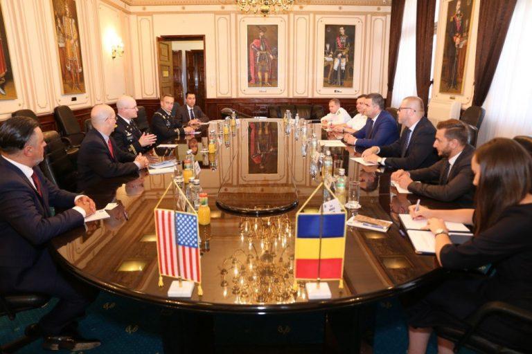 Inpolitics: Explodează bomba americană în cazul Caracal? Vizita magistratului șef al Armatei americane în Europa,  responsabil cu anchetele privind militarii americani încartiruiți în bazele din Europa, la Parchetul General, este o simplă întâmplare?