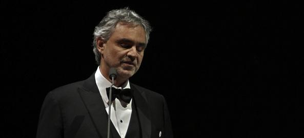 """Asta se întâmplă cu disidenții anti covid. Andrea Bocelli, pus la stâlpul infamiei după ce a spus că s-a simțit ofensat și umilit de regulile COVID-19 impuse în Italia: """"Nu am putut să părăsesc casa, deși nu am comis vreo crimă"""""""