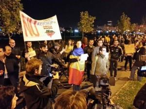 protest comisia rosia montana 4