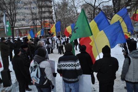 manifestatie-contra-legii-antilegionare-a-lui-crin-antonescu-1