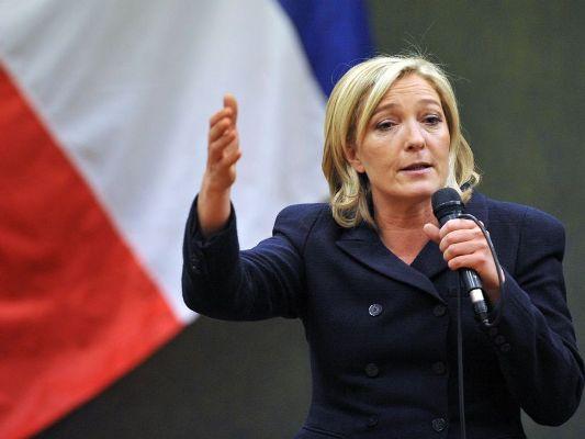 Naţionaliştii, ÎN FRUNTE, după primele rezultate ale alegerilor locale din Franţa