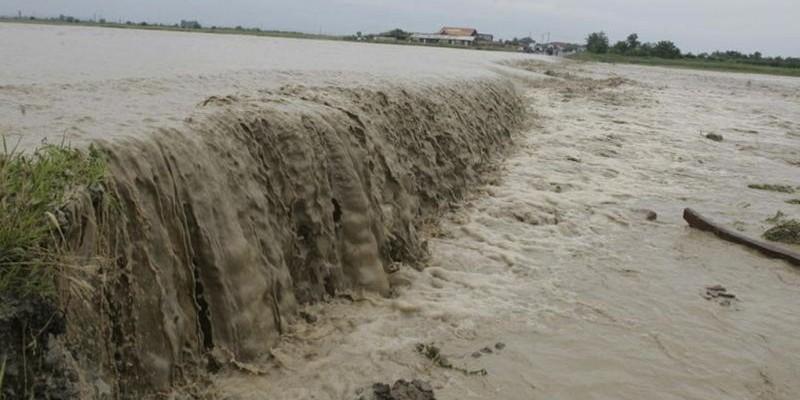Imaginile dezastrului la inundaţii