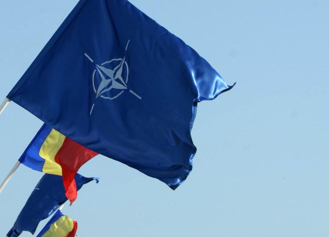 NATO va instala cinci baze în Europa de Est
