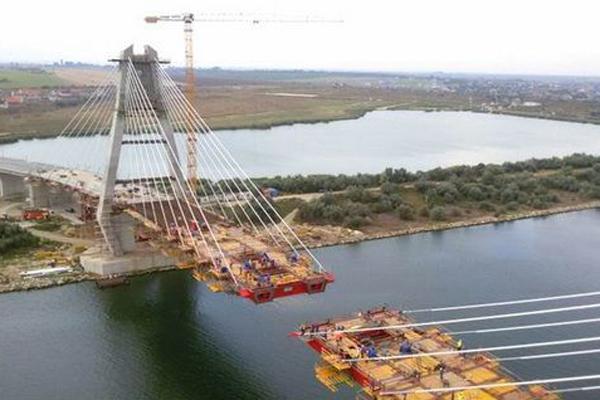 GALERIE FOTO Unde se construieşte cel mai mare pod rutier hobanat din România