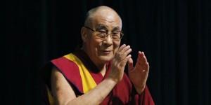 DOSARUL care spulberă imaginea lui Dalai Lama. Bani, arme și legături cu agenții CIA