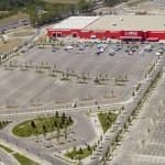 Magazinul Bricostore Băneasa este scos la vânzare