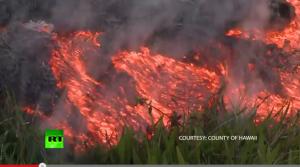 VIDEO Lava unui vulcan în erupţie din Hawaii se apropie de zone locuite