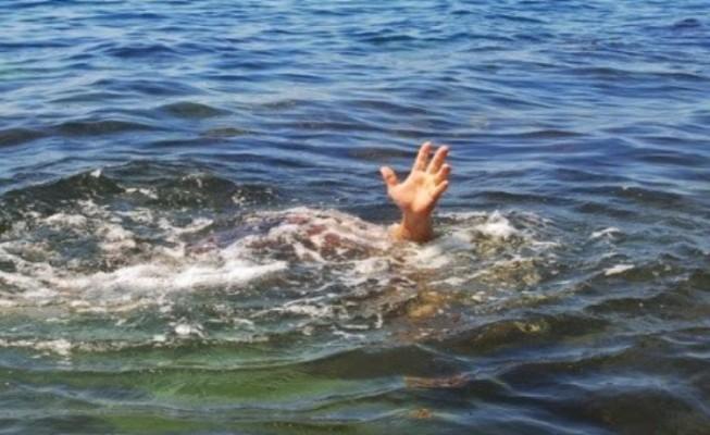 Un pastor african s-a înecat încercând să MEARGĂ PE APĂ