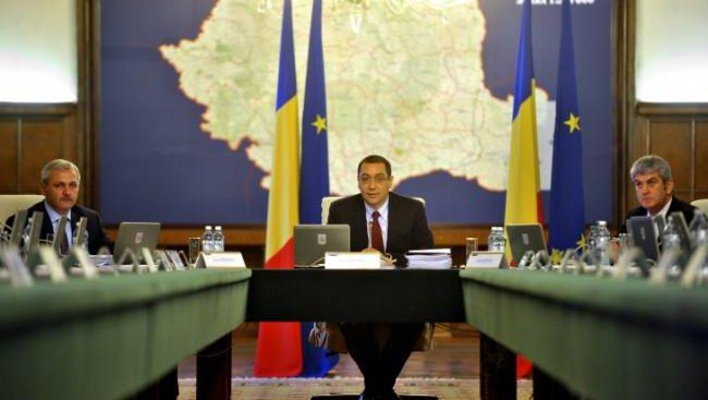 Sute de mii de români, în pericol de a fi executaţi silit. Guvernului i se cer măsuri de urgenţă