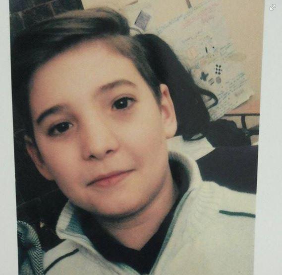 Mircea Simion, un copilaş de 12 ani ce suferă de o boală rară, are nevoie de ajutorul nostru