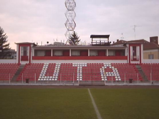 Fotbal: UTA Arad, una din cele mai galonate echipe ale României, a fost DEZAFILIATĂ