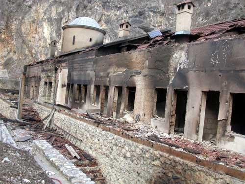 pogrrrom-holy-archangels-monastery1