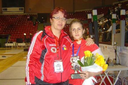Medalie de AUR pentru spadasina Alexandra Predescu, la Mondialele de cadeți și juniori de la Tașkent