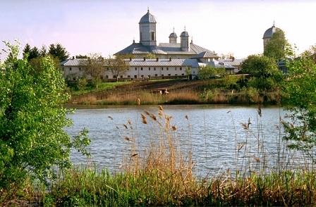 imagine-manastirea-cernica_0c84fdab5b5d92