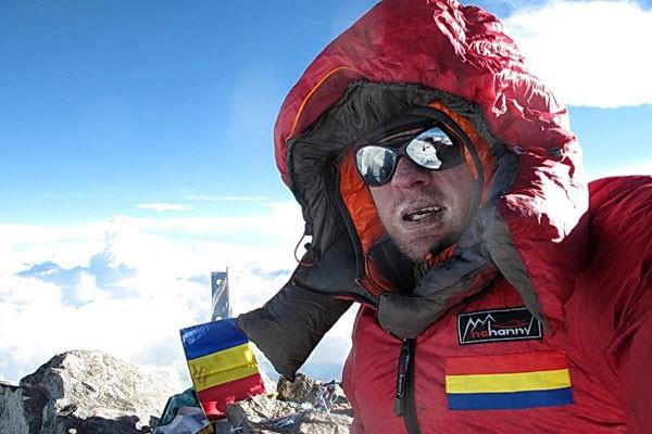 Alpinistul Zsolt Torok, jignit de maghiari pentru că vrea să ducă drapelul României pe Everest